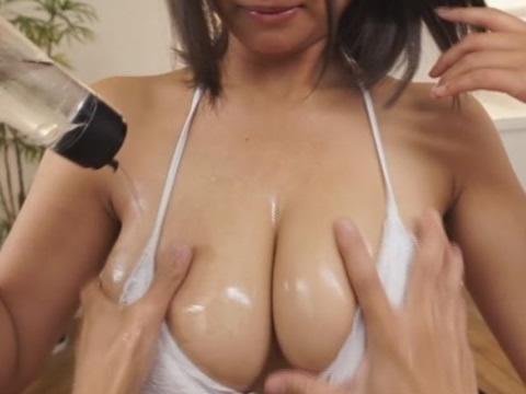 【パイズリ動画】Kカップ神ボディ深田ナナちゃんの乳揉み&パイズリ